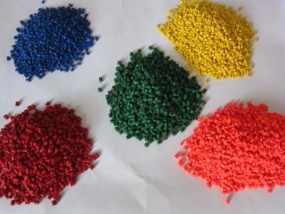 Hạt nhựa PET màu